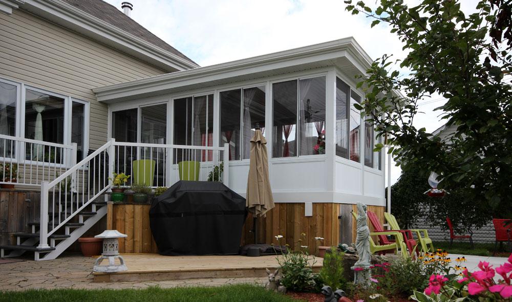 veranda fait maison great veranda fait maison rouen decors ahurissant with veranda fait maison. Black Bedroom Furniture Sets. Home Design Ideas