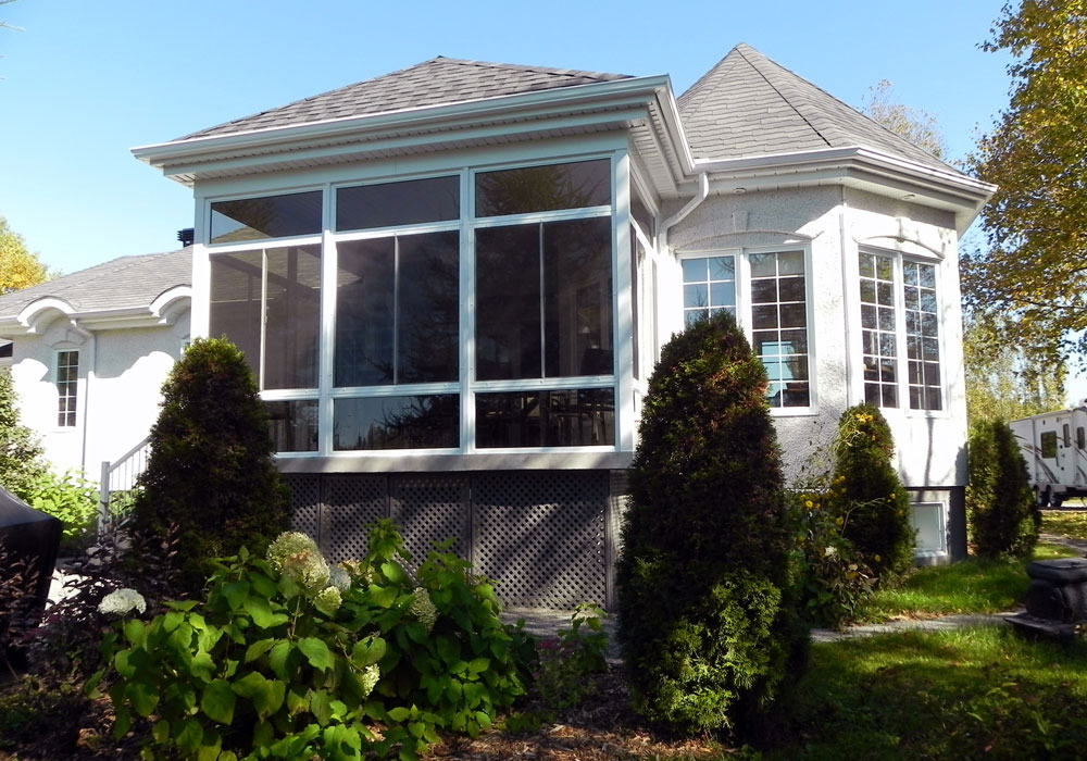3 Seasons Sunroom